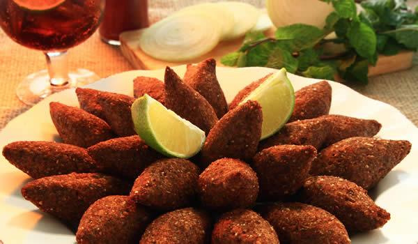 prato de kibes - o prazer é nosso em poder lhe fazer feliz